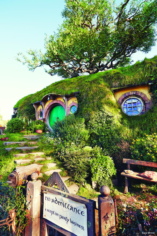 霍比特人住所的圓洞門,推開它,你就邁進了Frodo和Bilbo的奇幻世界。