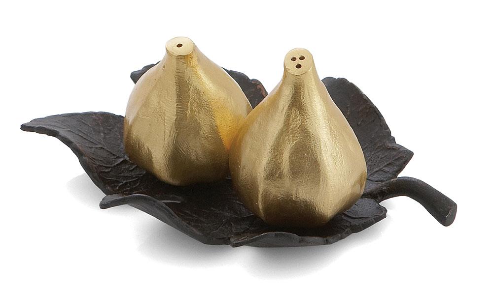 Michael Aram Fig Leaf Salt & Pepper Shakers  鍍金無花果調料罐  $140  atkinsonsofvancouver.com  604 736 3378
