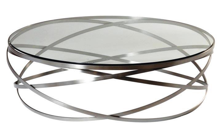 oche Bobois 羅奇堡咖啡桌 $2,583 環繞編織的金屬環,變幻出奇妙的動感,彷彿懸浮於半空之中。 At Roche Bobois, roche-bobois.com, 604 633 5005