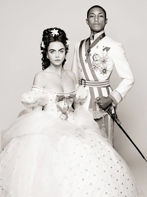 流行歌手法瑞尔·威廉姆斯(Pharrell Williams)和當紅超模  卡拉·迪瓦伊(Cara Delevingne) 聯袂演繹了茜茜公主午夜夢回的童話。