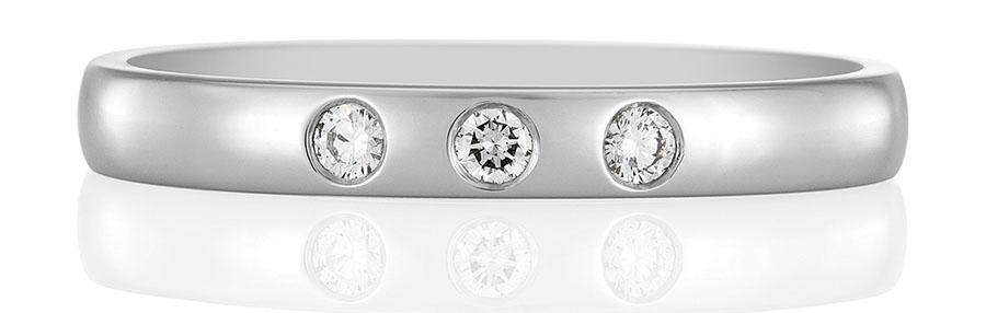 De Beers Three Diamond Eternity Band 戴比爾斯鉑金鑽石永恆指環 USD$1,500