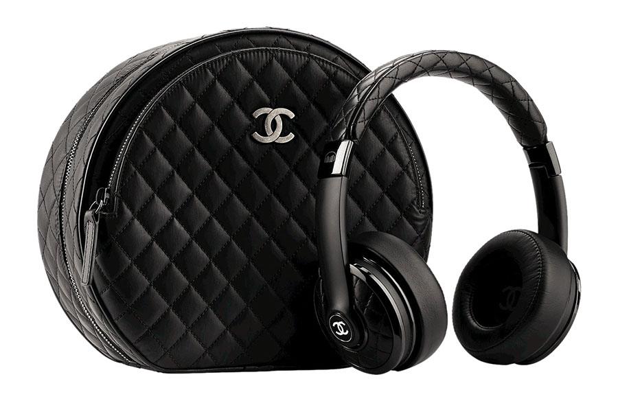 Chanel Leather Headphones with Case 香奈兒皮耳機及外殼 Price Upon Request