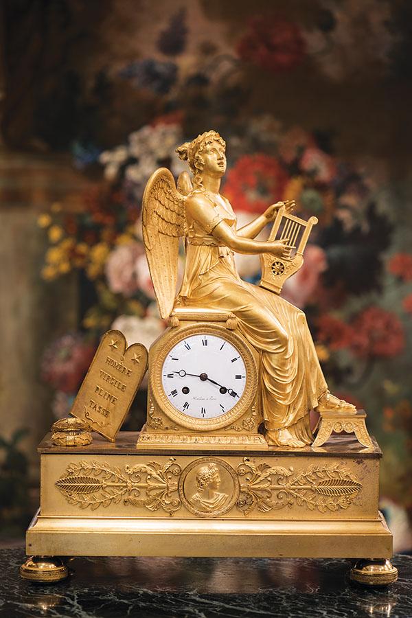 Erato,愛情詩歌之神。她手拿里爾琴,歌唱著祖先們的智慧。