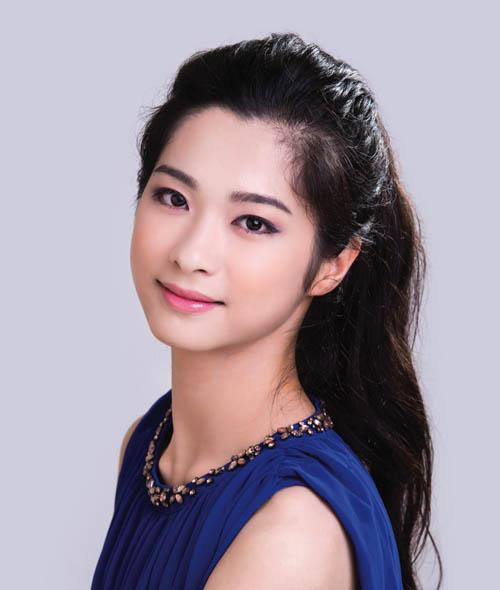「神韻藝術團」舞蹈演員黃琳捷