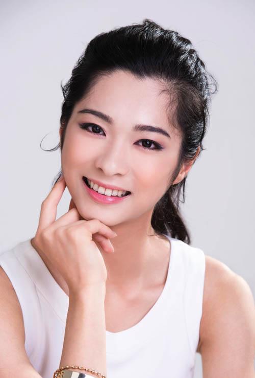 Shen Yun dancer Huang Linjie.jpg