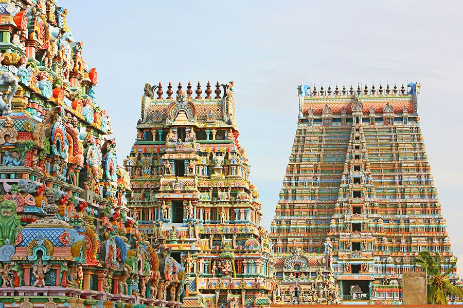 那塔斯瓦米寺 -位於印度南部著名城市蒂魯吉拉伯利市斯裏蘭格,建於14-17世紀