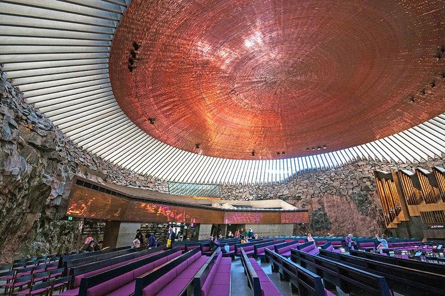 巖石教堂 - 位於芬蘭首都赫爾辛基,建成於1969年