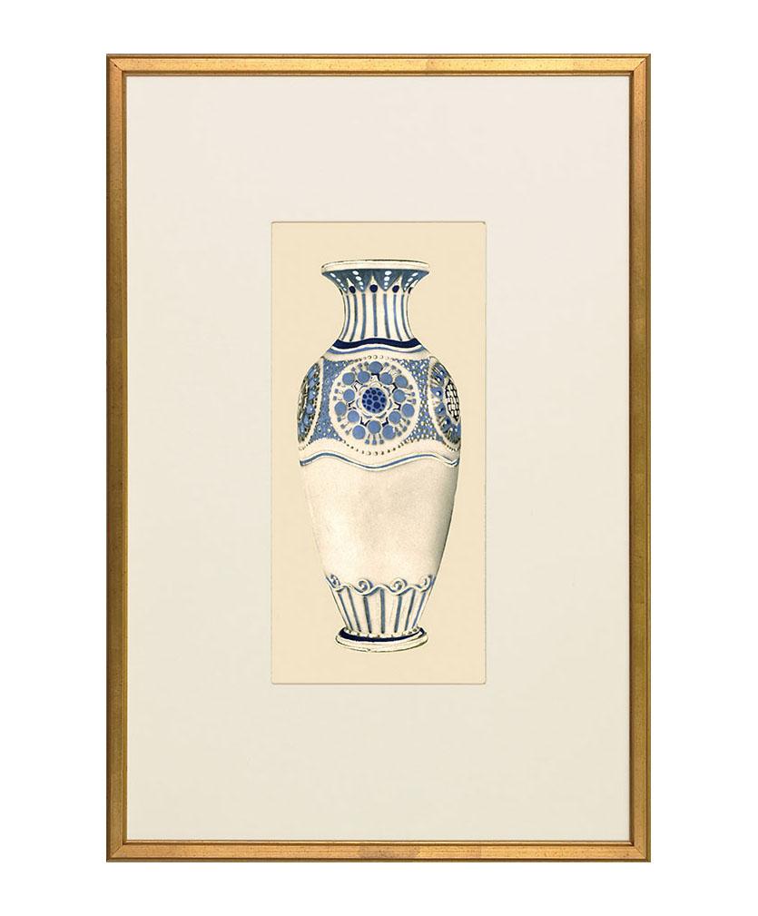 Barrymore Art Nouveau Vase Giclee Print , $432 描畫精美的青花瓷瓶如陳列在壁龕中,靜靜享受著難得的佳節氛圍。 At Jordans Interiors, 604 733 1174  jordans.ca