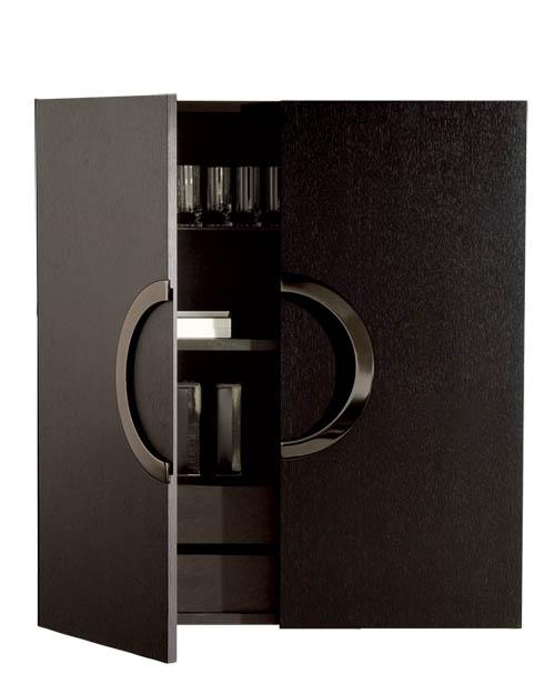 Minotti Archipenko Vertical Cabinet, $15,395 簡潔優雅的立櫃,用方圓的經典理念演繹現代家具的時代氣息,另有多種款式和顏色可供選擇。 At Livingspace, 877 683 1116  livingspace.com
