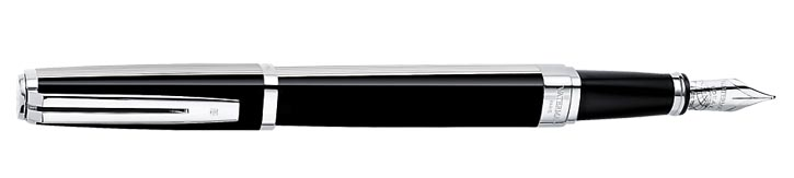 從溫哥華Pen Shop購置的 Waterman鋼筆 ,是Celine不可或缺的物品,手感無可挑剔。