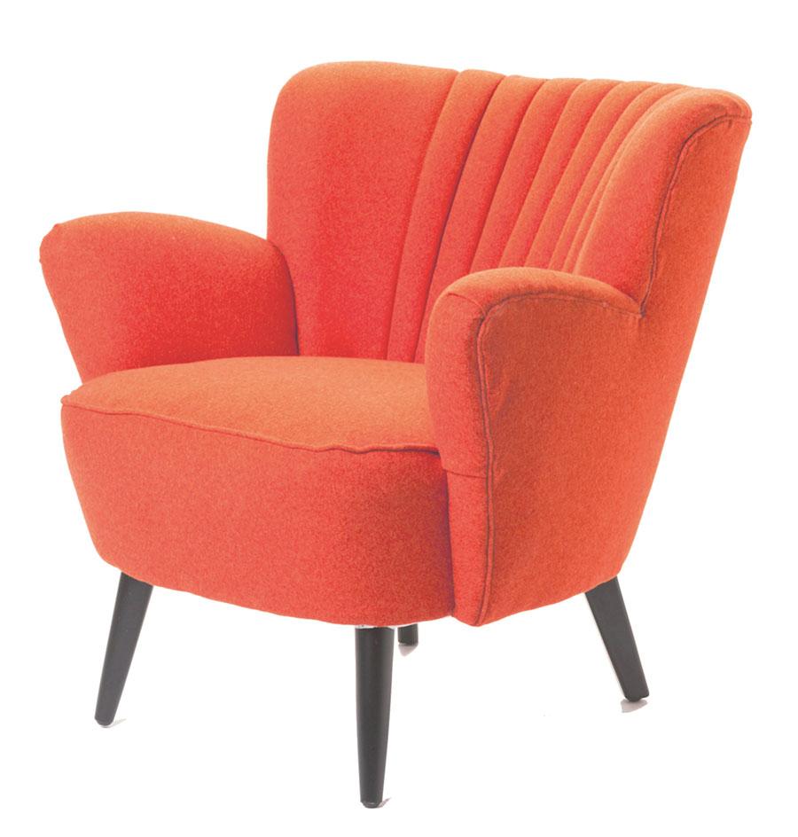 Moe's Moro Club Chair Orange, $549 橙紅色的沙發如一朵初放的鮮花,純棉的布料,堅實的樺木框架,盡顯溫暖舒適。 At Moe's Home Collection, (604) 688-0699 moeshome.ca