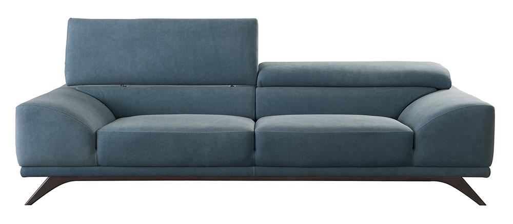 Roche Bobois Azur Large 3-Seat Sofa starting at $8,800 電動可調節的靠背,厚實的坐墊、扶手,如漂浮在溫暖清透的海水中般舒適愜意,線條犀利的硬木腳增添了一份現代氣息。 At Roche Bobois, (604) 633-5005 roche-bobois.com