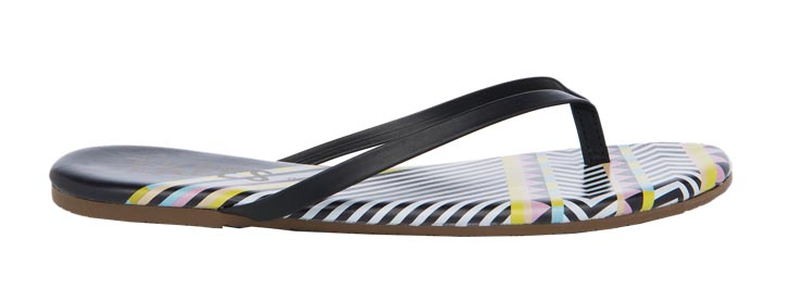 Tkees sandals   涼鞋 $85 At  Holt Renfrew