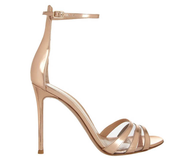 Gianvito Rossi Metallic leather sandals    吉安維托.羅西涼鞋 $805  net-a-porter.com