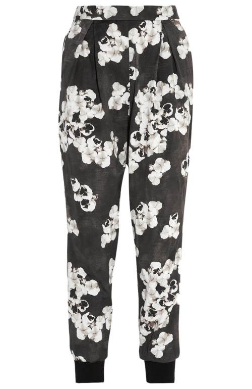 Giambattista Valli Cropped floral-print cotton-blend tapered pants  詹巴迪斯塔.瓦利棉質印花褲 $1,185  net-a-porter.com