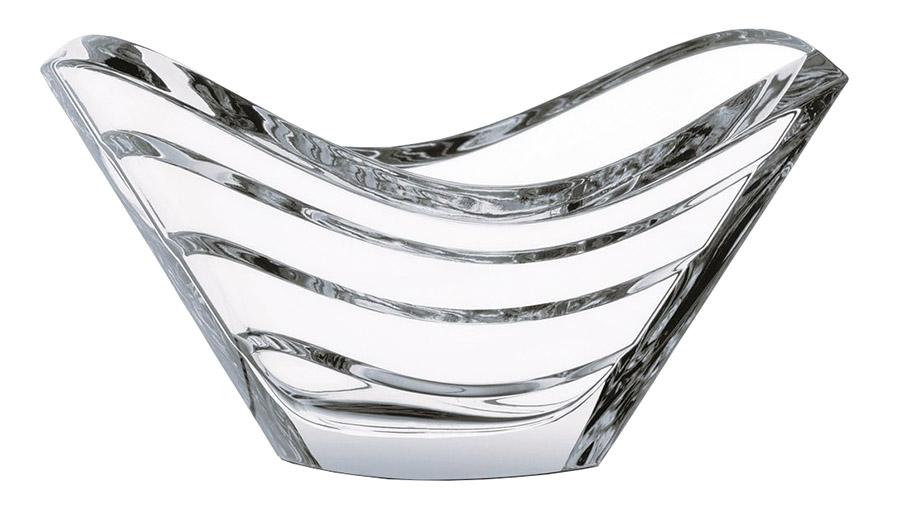 Baccarat Wave Decorative Bowl, Price upon request 優美的曲線如水波般流淌,送來一份初夏的純淨清涼。 At Atkinson's, (604) 736-3378 atkinsonsofvancouver.com