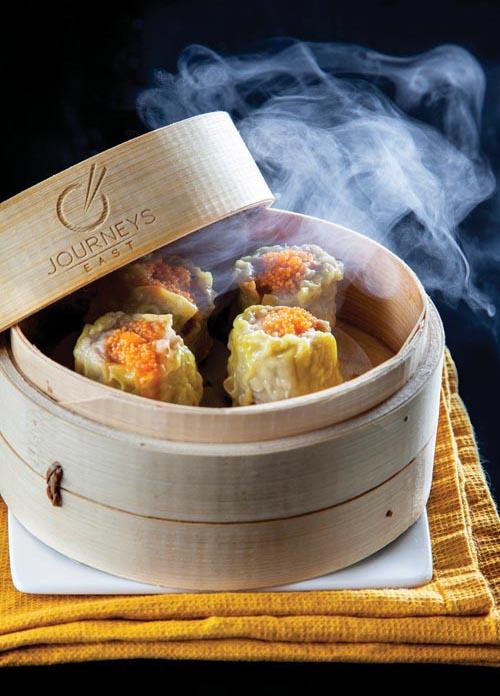 當地著名的亞洲風味餐廳Journey's East,讓來自世界各地的遊客們讚口不絕。