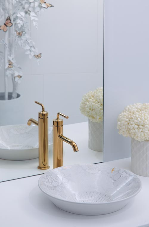 Kohler Empress Bouquet Conical Bell Vessel sink   科勒瓷畫花卉洗手盆   At retailers across Canada,  Kohler.ca