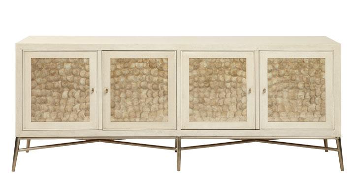 Bernhardt Salon Buffet 輪廓簡潔的櫥櫃安放在金屬支架上,櫃門上的雪花石膏裝飾,營造出自然又不乏華麗的質感。 At Paramount Furniture, 604 273 0155 paramountfurniture.ca