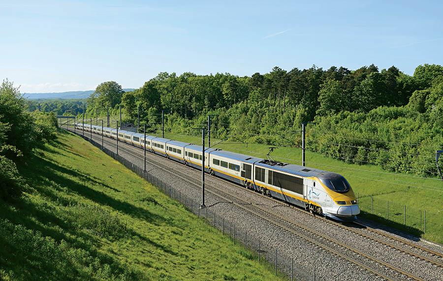 奔馳在倫敦和巴黎之間的「歐洲之星」火車
