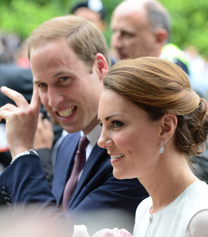Prince William And Kate Middleton: Featureflash / Shutterstock.com