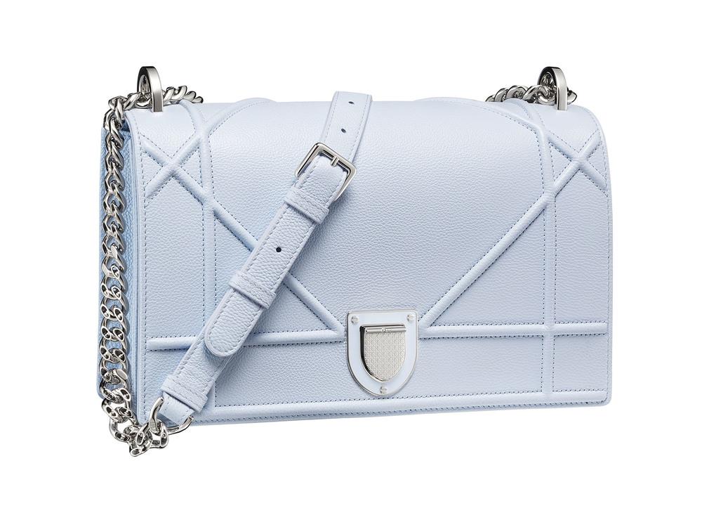 迪奧Diorama系列天藍小牛皮包  $3,400