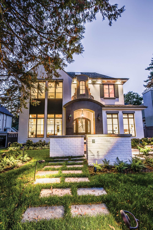 由建築設計師Eric Lee打造,具有現代法國鄉村風格的宅邸,同時作為他設計公司的樣板房與他與家人的美麗家園。