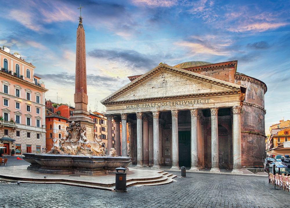 萬神殿是羅馬最古老的建築之一,為供奉奧林匹亞山上的諸神而建造。(TTstudio / Shutterstock.com)