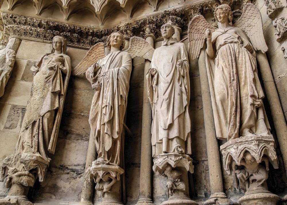 蘭斯大教堂著名的微笑的天使雕塑。Kiev.Victor / Shutterstock.com