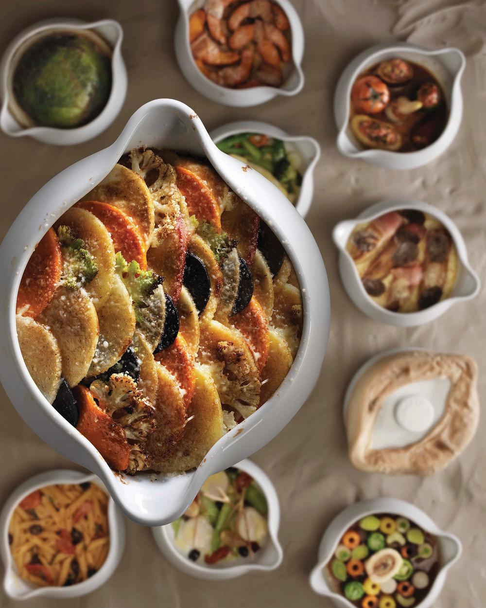 Alain Ducasse的招牌菜──砂鍋燉菜,這道菜非常符合他的一貫理念,即全球本土化。Photography by T.Duval