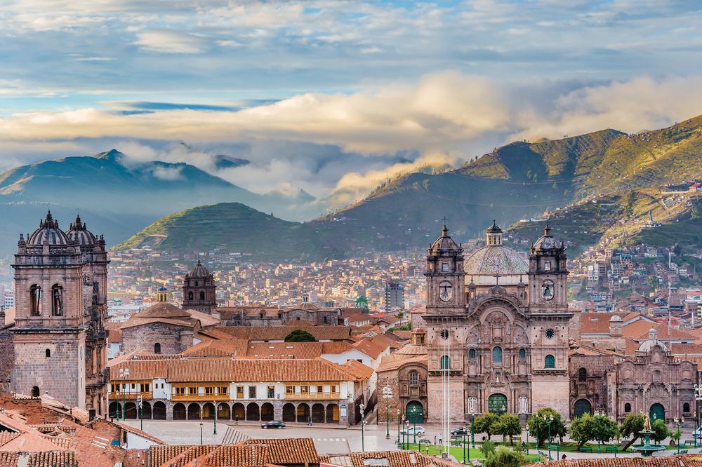 庫斯科城被認為是印加文明的核心首都,這裏至今保留著完好的歷史建築,是目前當地最熱門的旅遊地。sharptoyou / Shutterstock.com