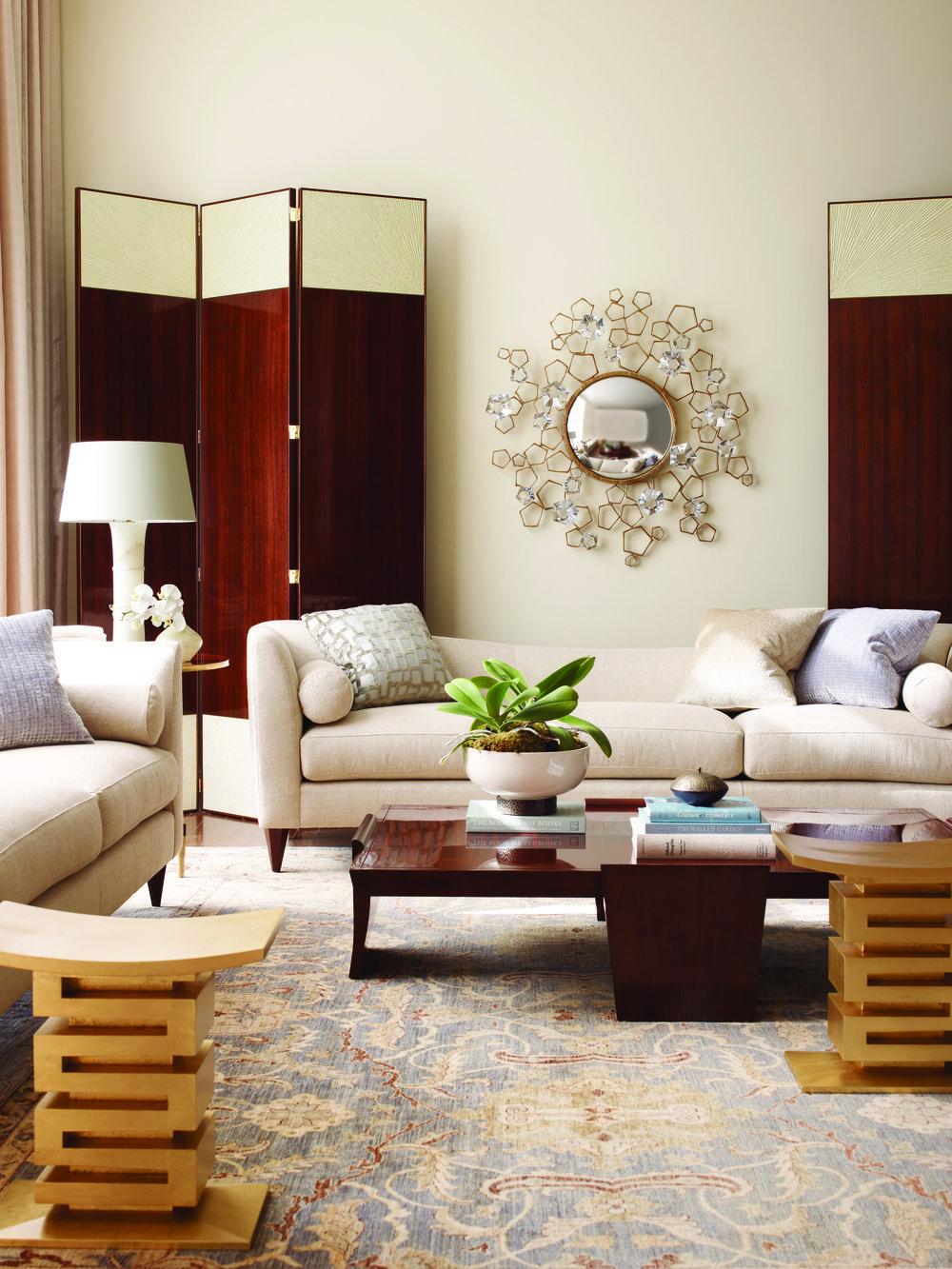 盛開花朵般的裝飾鏡Baker Furniture Blossom Mirror, Price Upon Request At Brougham Interiors, (604) 736-8822 broughaminteriors.com