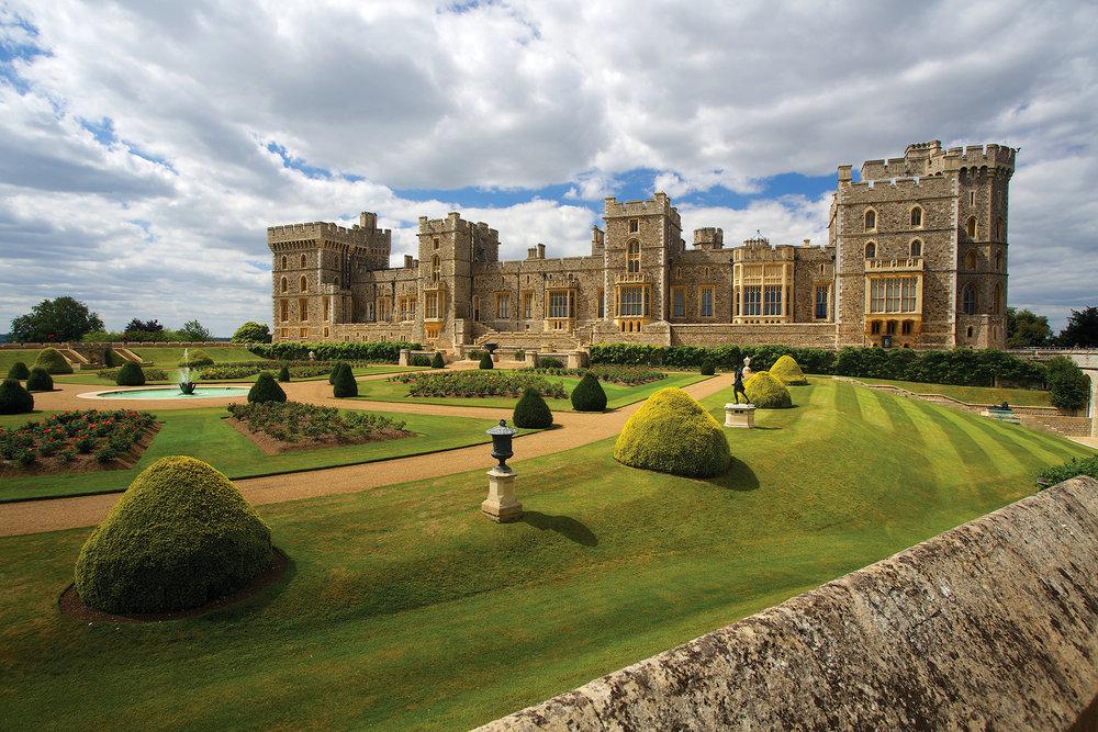 溫莎城堡作為英國王室的家族城堡已經有超過900年的歷史,距離倫敦約有1個小時的車程。sloukam / Shutterstock.com