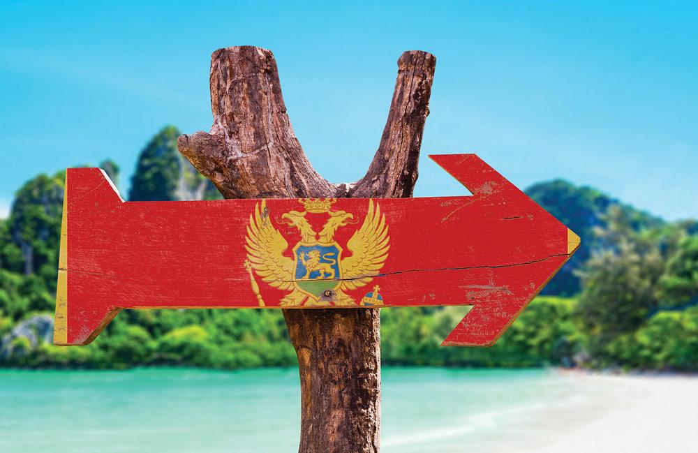亞得里亞海的碧藍波濤和柔軟沙灘,蜿蜒在整個國家裏的壯麗山脈,吸引着世界各地遊客。