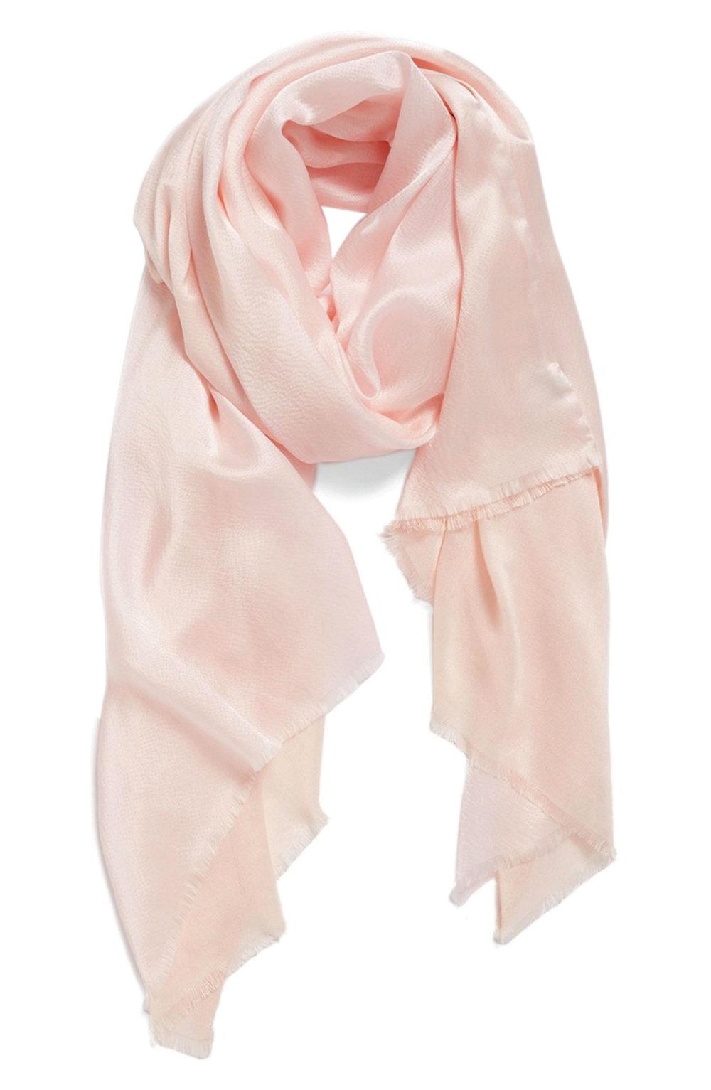 11.Echo 絲巾 $98, shop.nordstrom.com