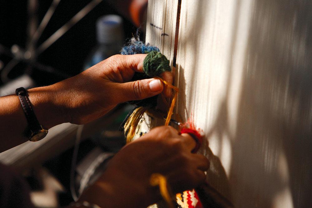 James Tufenkian將傳統的手工地毯工藝與現代的時尚設計相融合,令Tufenkian Artisan Carpets的地毯更適合當下的建築和室內設計。