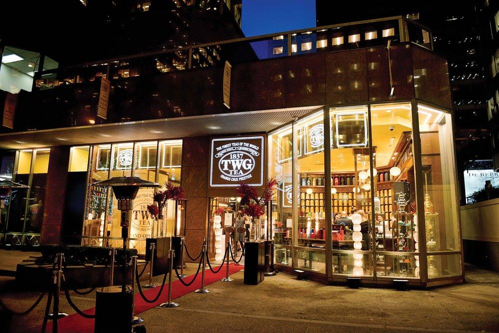 TWG Tea溫哥華旗艦店開業慶典時店外鋪設的迎賓紅毯。