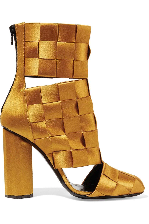 Basketweave Satin Ankle Boots by Marco de Vincenzo US$1,235 馬可.德.溫琴佐金色靴子