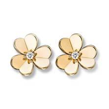 Frivole Earrings Small Model by Van Cleef & Arpels $5,900 梵克雅寶花朵耳環