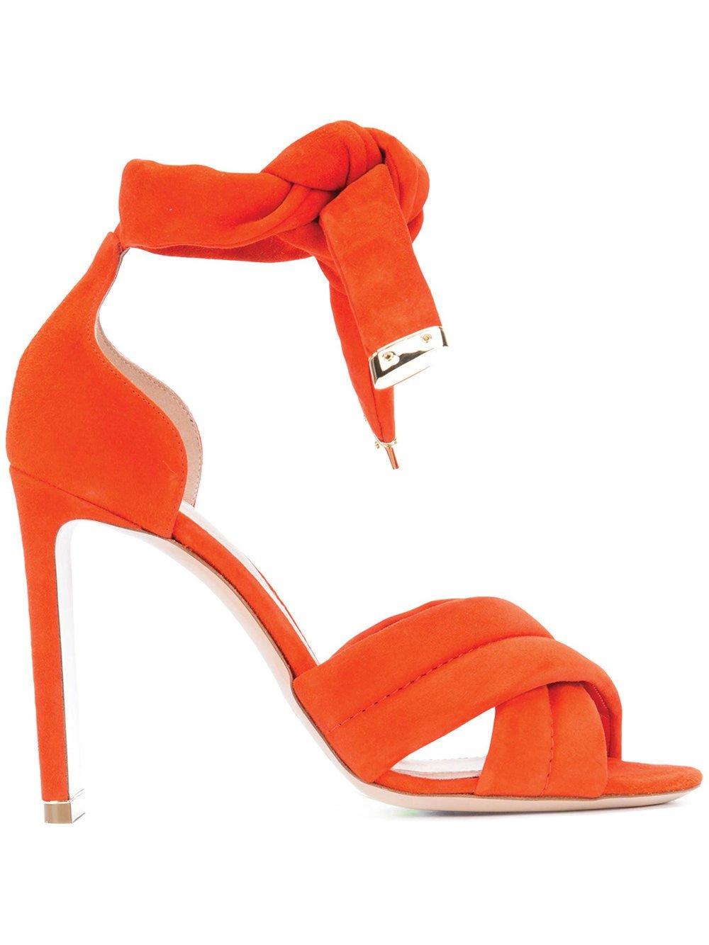 105mm Ziggy Sandals by Nicholas Kirkwood $1,250 尼可拉斯.科克伍德瑞格涼鞋