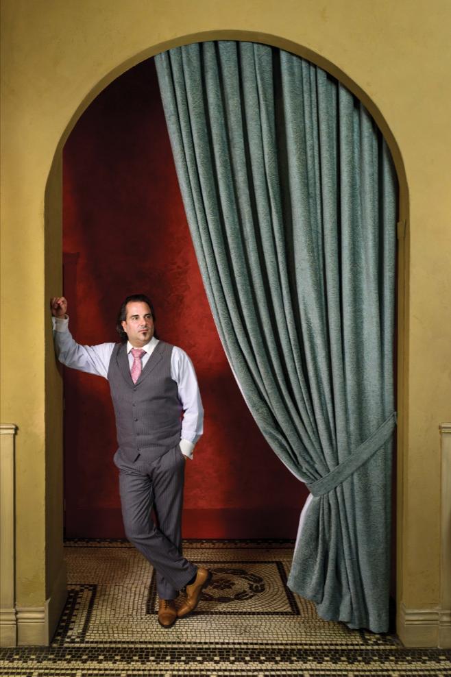 La Terrazza餐廳創辦者之一Giulio Miceli,在自己餐廳裏。Photography by Milos Tosic