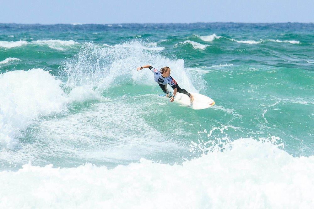 比亞里茨每年都會舉辦世界級的衝浪大賽。peapop / Shutterstock.com;