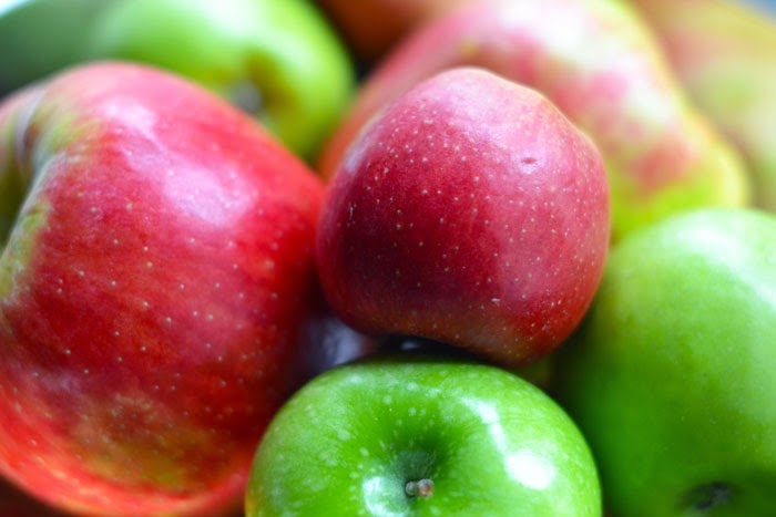 red and green apples, apples for fall