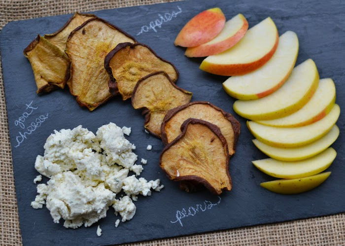 Brooklyn Slate Cheese Board, Martha Stewart Living replace pears with crackers, dried pears, recipe for dried pears, Nature Box dried pears