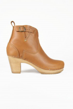 "No. 6 5"" Buckle Boot on High Heel in Fawn"