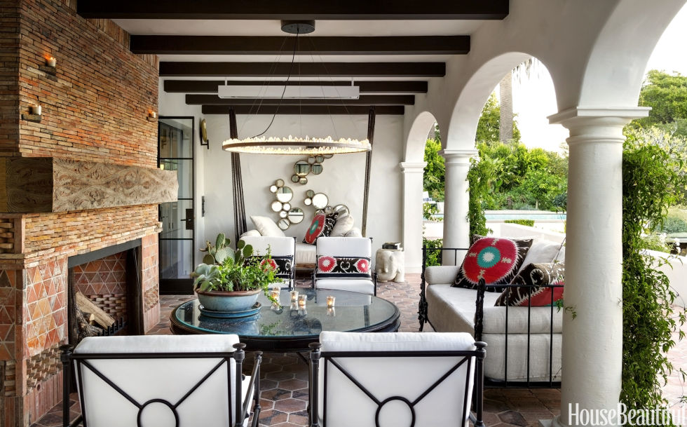 House Beautiful Erin Martinhttp://www.housebeautiful.com/design-inspiration/house-tours/g2289/swanky-1920s-spanish-colonial/?thumbnails