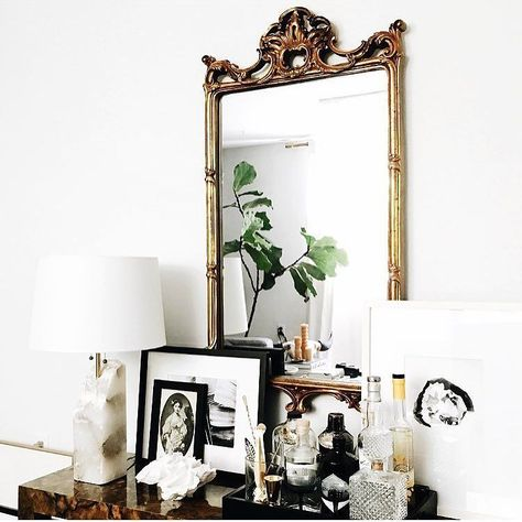 Decorating around a mirror