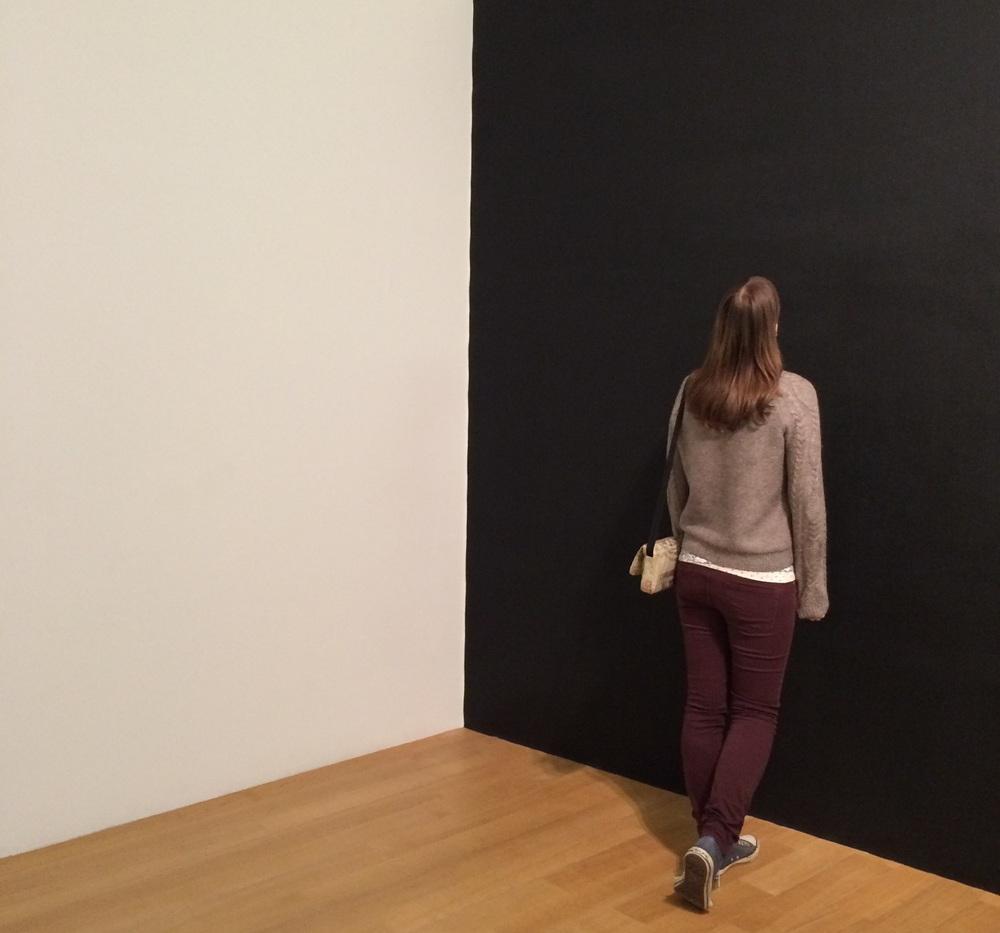 Admiring a Richard Serra drawing