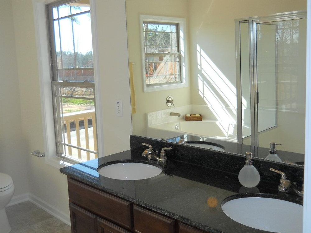 bayfield master bath.jpg