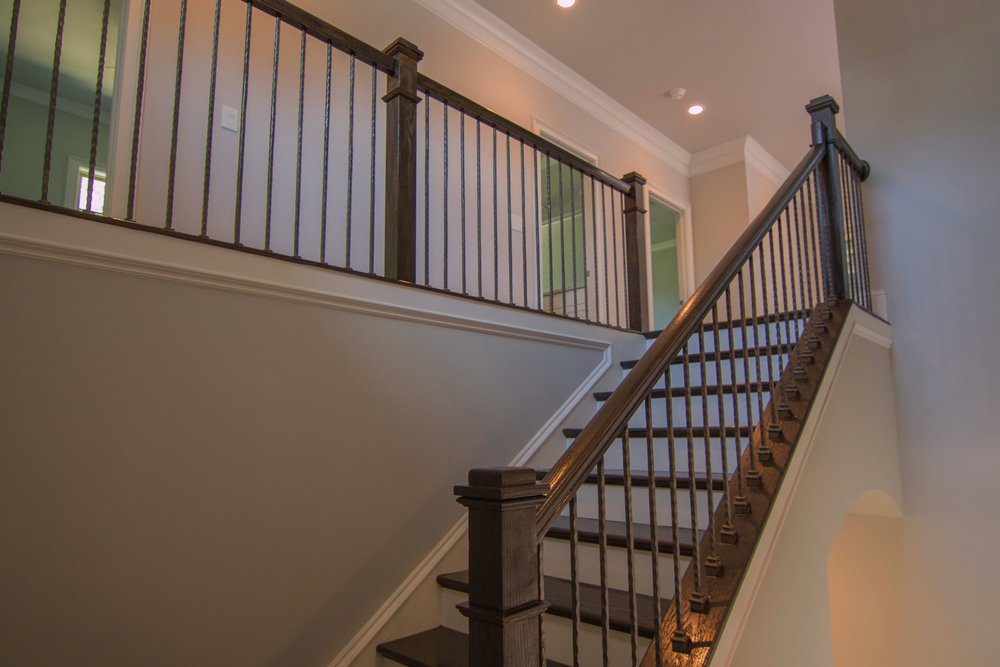 ~31 - Staircase 2237_batch.jpg